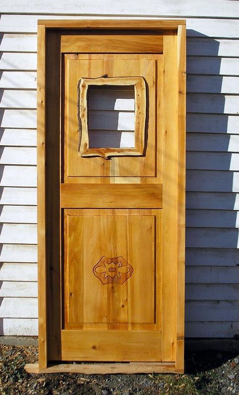 Galer a de fotos muebles artesanales y carpinter a for Como reciclar puertas de madera
