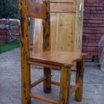 Silla-de-madera-de-ciprés-1